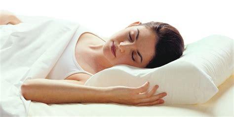 dormire senza cuscino migliori cuscini per dormire perfettamente senza