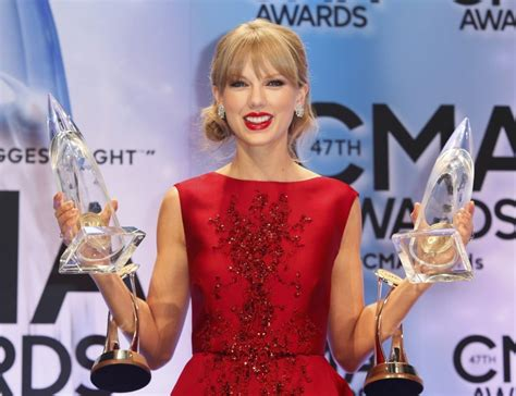 country music awards 2013 best album country music association awards 2013 taylor swift