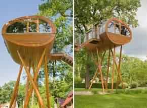 terrasse auf stelzen gartenhaus auf stelzen bauen ideen f 252 rs stelzenfundament