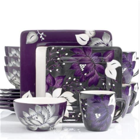 Milena Set Purple By Sv a color specialist in dinner plate verses food