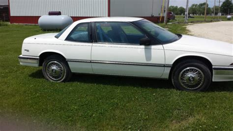auto air conditioning repair 1990 buick century interior lighting buick regal coupe 1990 white for sale 2g4wb14t0l1457717 1990 buick regal custom coupe 2 door 3 1l