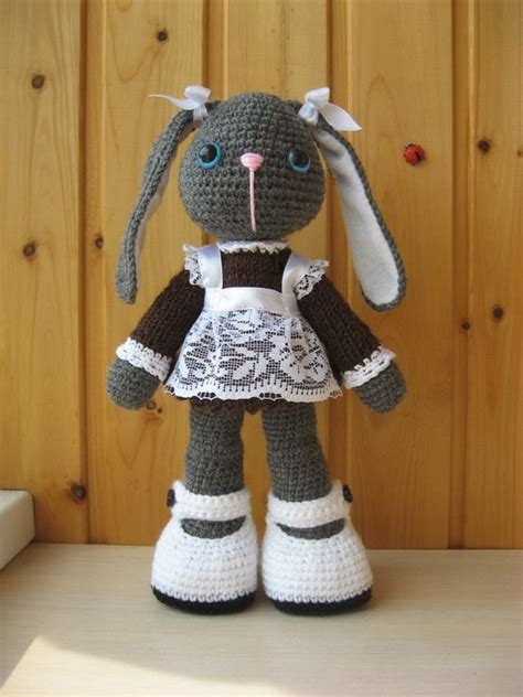 the easter bunny crochet pattern by kiprepahkla craftsy 17 best images about crochet bunnies on pinterest free