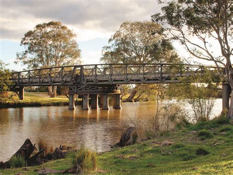 sale swing bridge destinations gippsland victoria australia