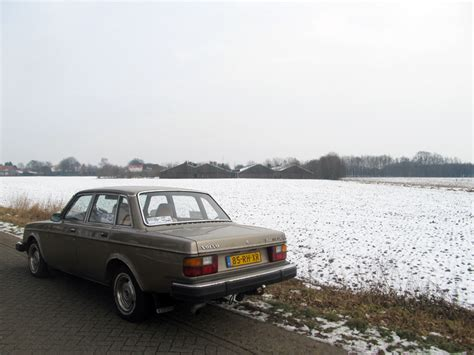 volvo 240 snow winter trial 2012