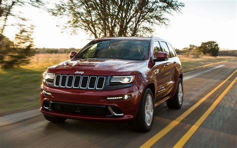 Jeep Grand 2014 Owners Manual 2014 Jeep Grand Srt Front View In Motion Photo 46