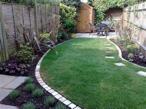 Low Maintenance Garden Design Ideas Simple Small Room Design Low Maintenance Back Yard
