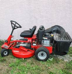 Home Decor Consignment by Snapper 28 Hi Vac Rear Engine Riding Lawn Mower Ebth
