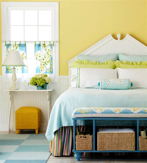 Light Yellow Bedroom Light Yellow Bedroom Walls Magic Colors Of Your Bedroom Warisan Lighting