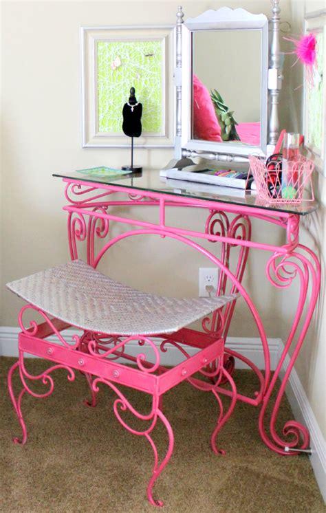 Pink Vanity Table Pink Vanity Desk Images
