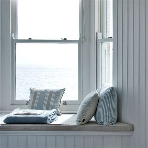 window seat bedroom ideas beach themed bedrooms ideal home