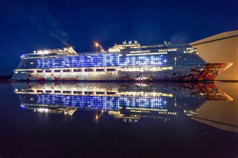 new year cruise singapore genting to move to marina bay cruise industry news