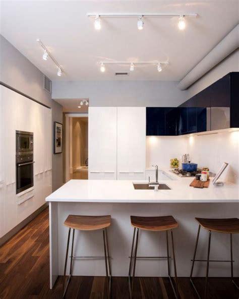 Superbe Decorer Cuisine Toute Blanche #4: Cuisine-blanche-et-bois-ilot-de-cuisine-tout-blanc.jpg