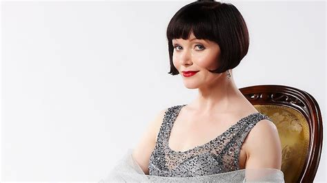 essie davis haircut the 20s come roaring back herald sun