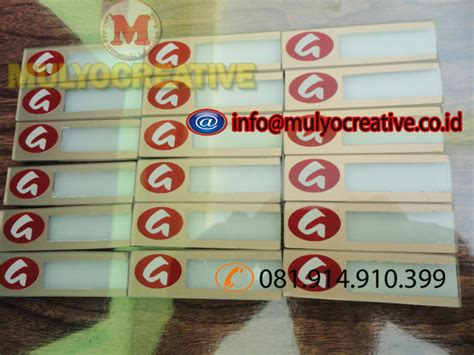 Jepitan Kayu Color papan nama reusable pesan name tag lencana pin plakat