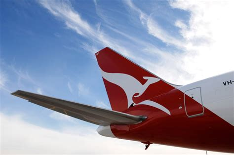qantas strengthens sustainability commitment arinex pty