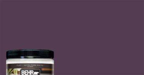 behr premium plus ultra 8 oz ppu17 2 eggplant interior exterior paint sle behr