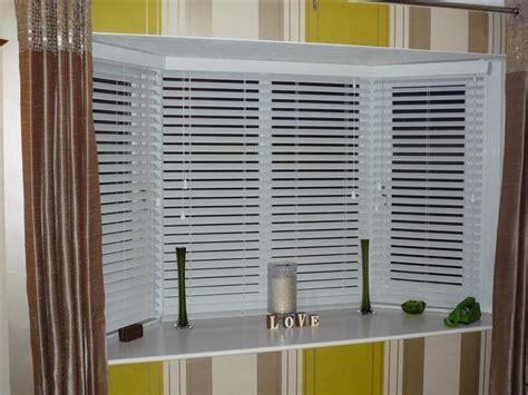 Ideas For Hton Bay Blinds Design White Venetian Blinds Covering Bay Windows Revealed Brown Home Style