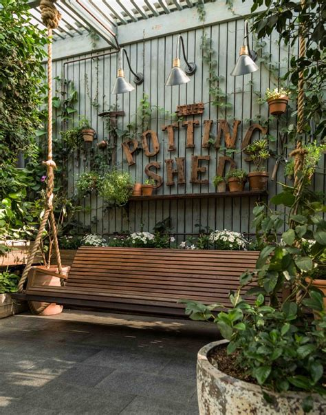 The Potting Shed by The Potting Shed O Designie I Wn苹trzach