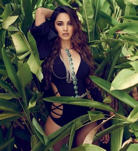 kiara advani hot pics free 15 spicy photo s of kiara advani ms dhoni movie fame