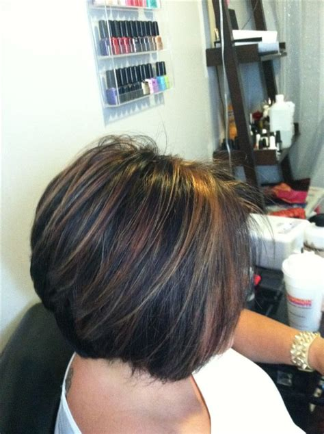 short brown haired stacked bob chunky caramel highlights in dark hair short stacked