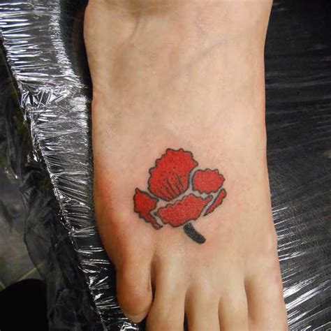 poppy tattoo designs foot 34 endearing poppy tattoos designs