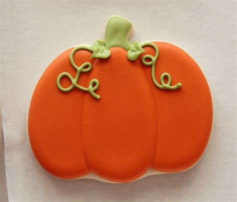 pumpkin cookies decorating decorated pumpkin cookies the sweet adventures of sugar