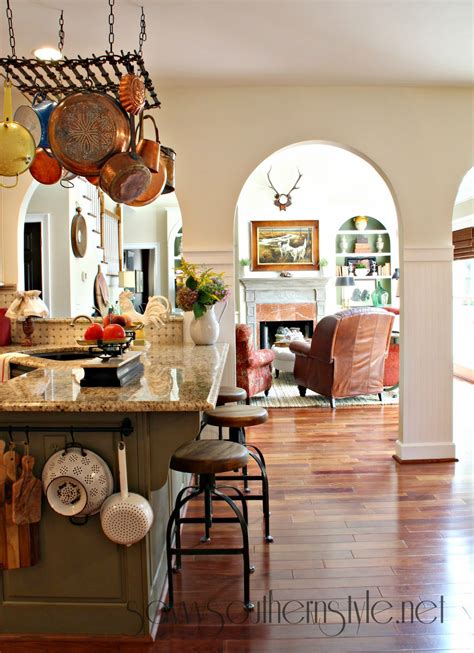 savvy southern style french canvas   kitchen