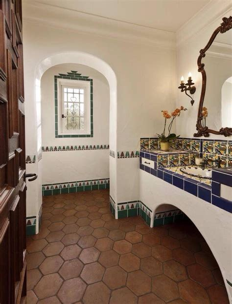 spanish style bathrooms best 20 spanish bungalow ideas on pinterest spanish style homes spanish revival