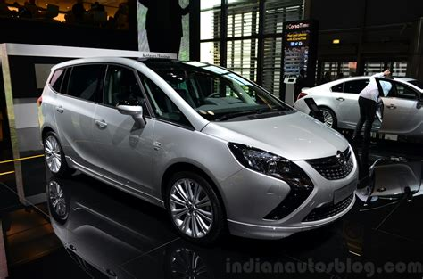 opel zafira 2015 paris live opel insignia and zafira tourer with new 2 0