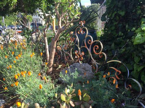 Gueros Oak Garden by Guerrilla Garden Booted From Dmv Moved To Oak
