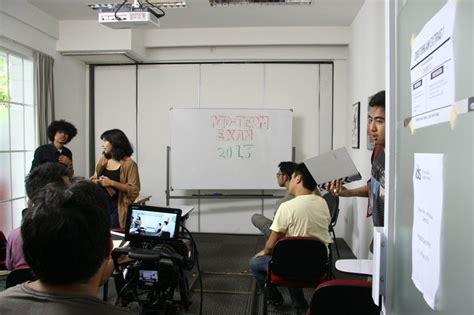international design school adalah kru dan talent saat persiapan shooting adegan dalam kelas