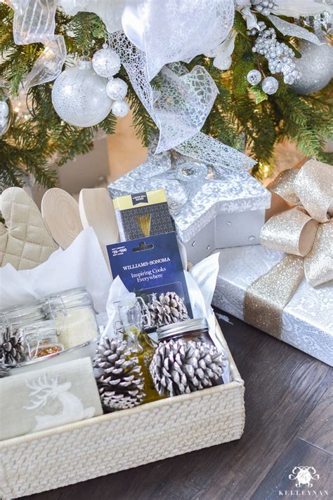 Williams And Sonoma Gift Card - three ways to make gift cards more personal kelley nan