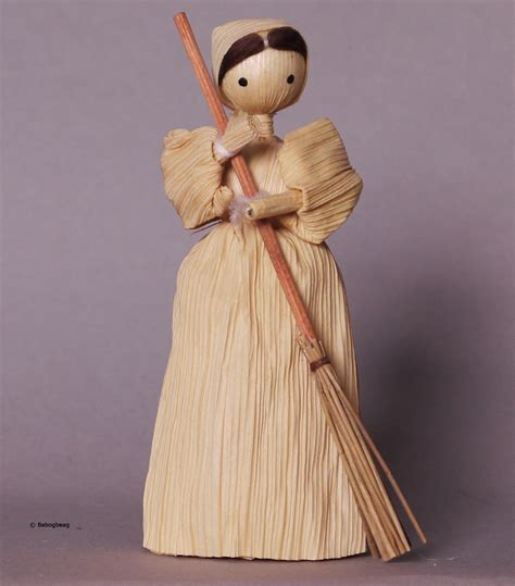 history corn husk doll slovakia corn husk doll national costume dolls