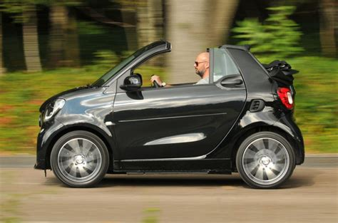 smart car review smart fortwo brabus xclusive cabrio