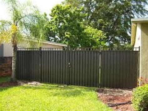 inexpensive aluminum privacy fence designs http