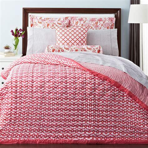 roberta roller rabbit bedding roberta roller rabbit big cata collection bloomingdale s