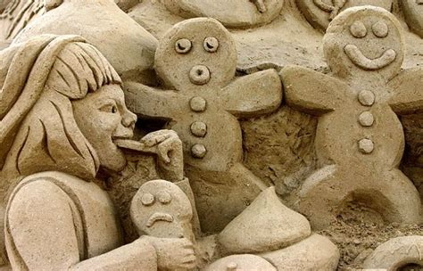 amazing sculptures globeedia most amazing sand sculptures