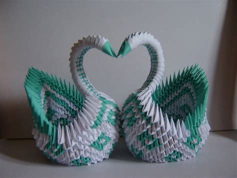 how to make a 3d origami swan origami maniacs what is 3d origami