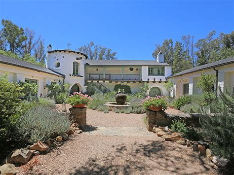 ranch house ojai reese witherspoon s libbey ranch in ojai california