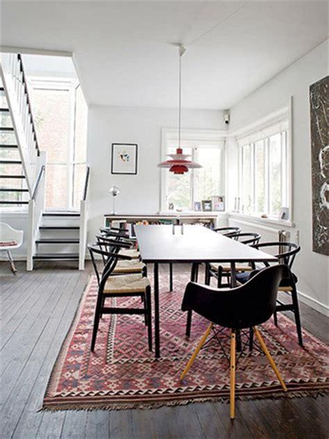 Pictures Of Dining Room Tables On Rugs Aztec Vloerkleden Stripesandwalls Nl