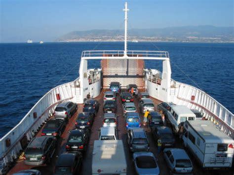 porto di messina traghetti foto sul traghetto messina