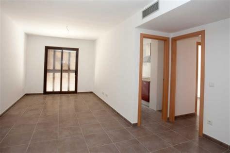 pisos de alquiler dela comunidad de madrid 72 985 peticiones para 99 pisos vivienda elmundo es