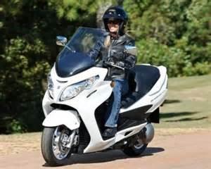 Suzuki An400 Suzuki Motorcycle Recall Announced For 73 000 Bikes