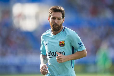 leo messi breaks another la liga record well in front of