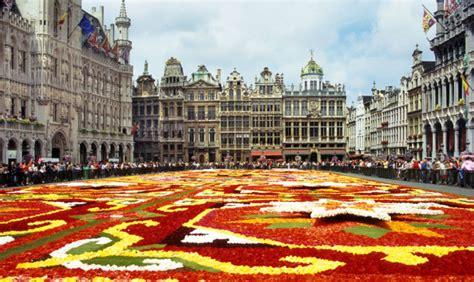 tappeto di fiori bruxelles 48 ore a ferragosto con il tappeto di fiori