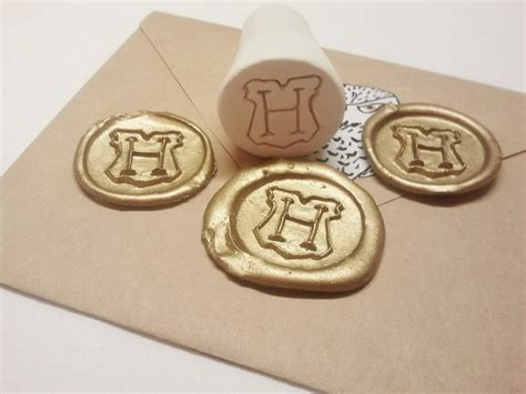 How To Make A Seal Out Of Paper - hogwarts seal st 183 a ster 183 construction on cut out