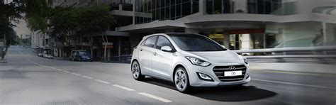 hyundai i30 low co2 emission family hatchback hyundai