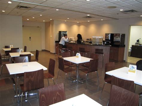 comfort suites montreal comfort suites downtown montreal canada travelocity ca