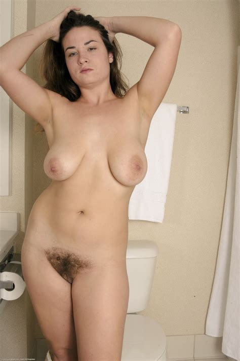 Hairy Amateur Kelly Photo Nudeandhairy Com