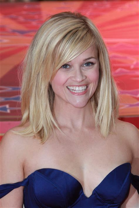Awards Dress 26467 reese witherspoon photos photos the uk premiere of water for elephants in zimbio
